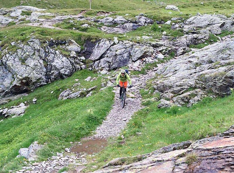 Flowiger Trail von der Forcellina di Montozzo