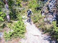 Biken auf dem Navene Trail