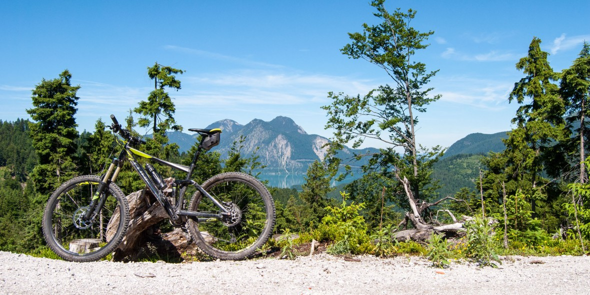 Mountainbike Tour mit Blick auf den Walchensee