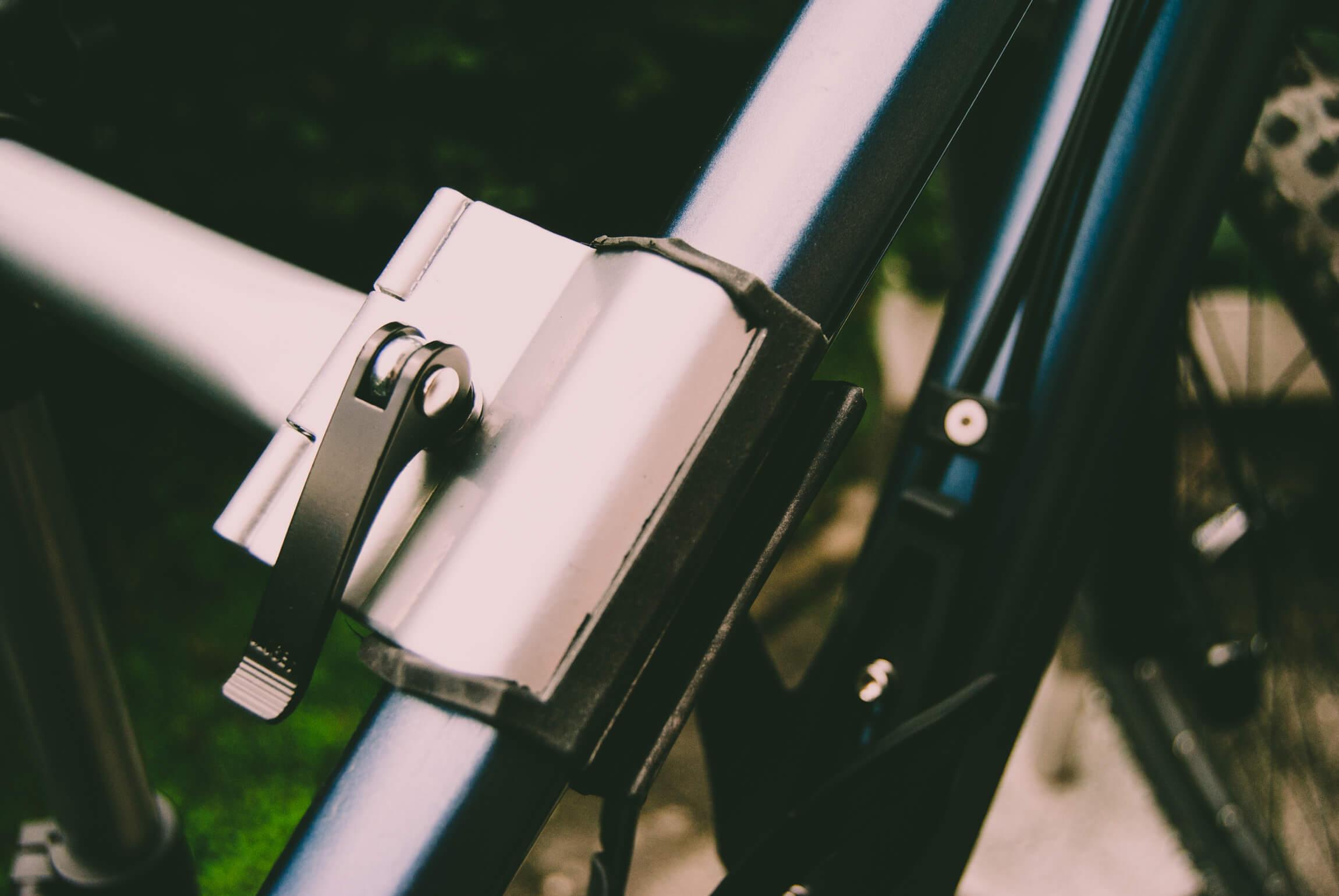 Hält (angeblich) bis zu 20kg schwerwe Bikes