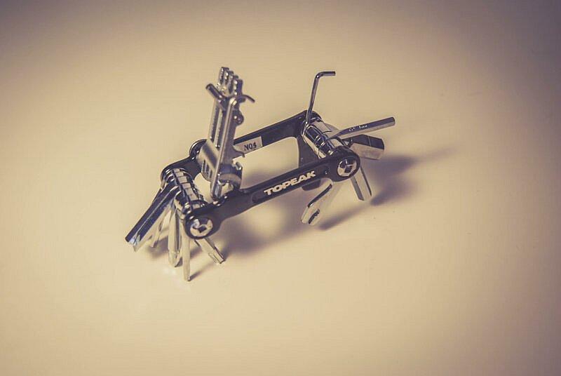 Multitools bieten viel Werkzeug bei wenig Gewicht
