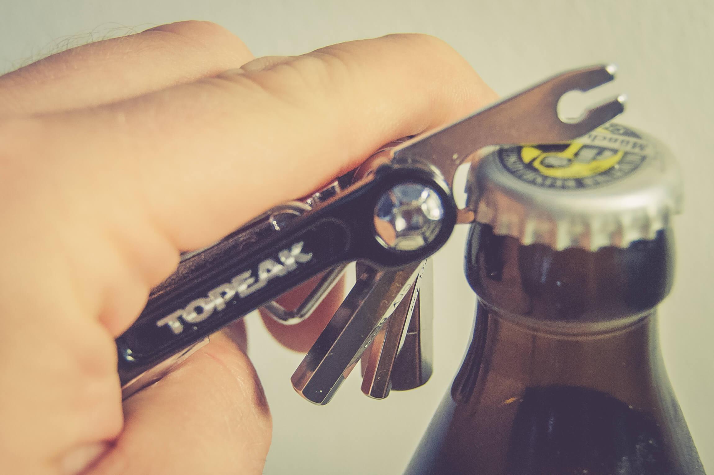 Nicht nur für Flaschen: Das Topeak Mini 20 Multitool