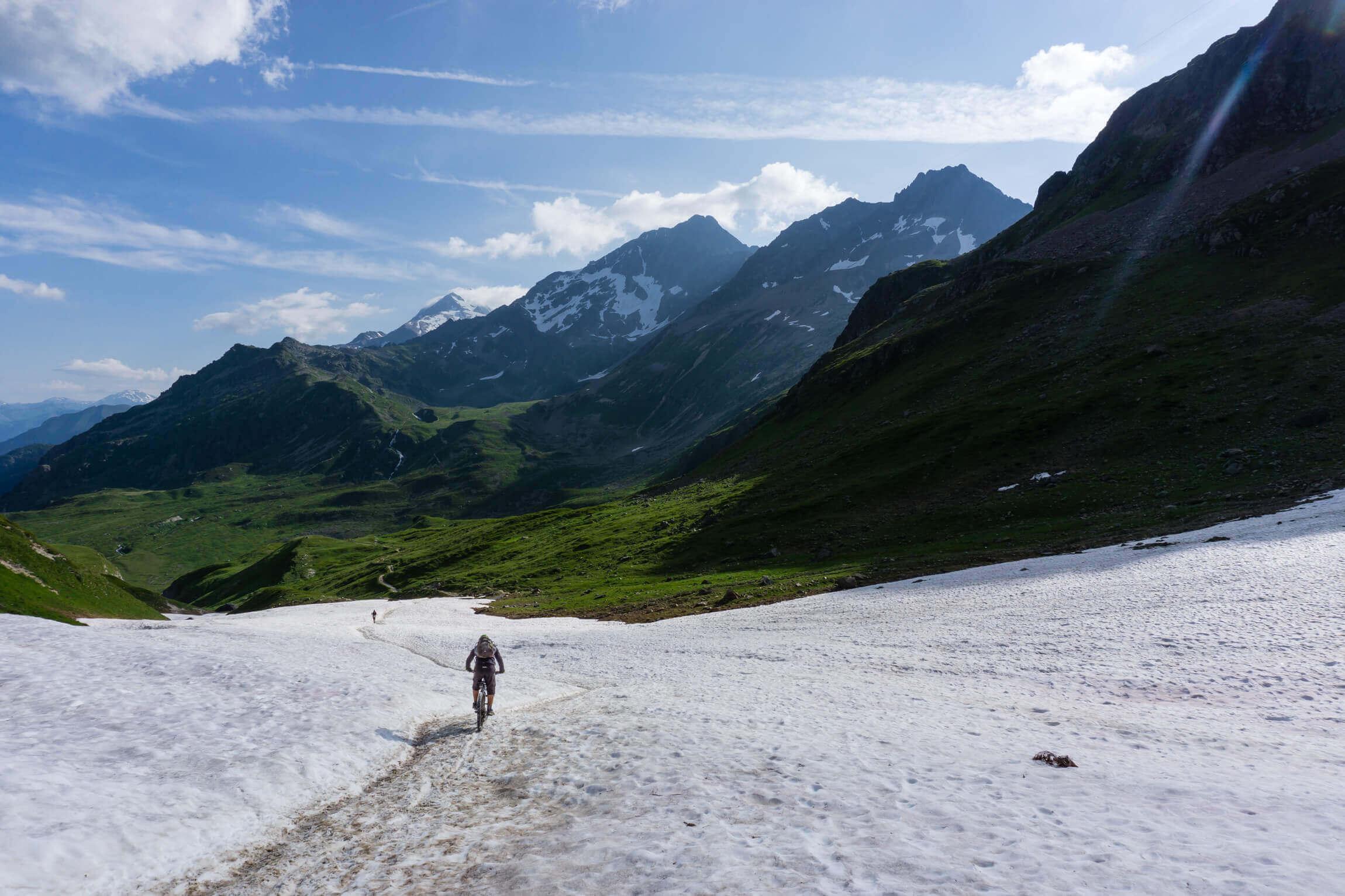 Schneefeld Abfahrt