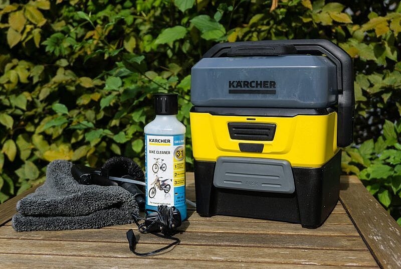 Mobile Outdoor Cleaner Set