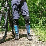 MTB-Schienbeinschoner Test: ION BD 2.0 Protection Socks