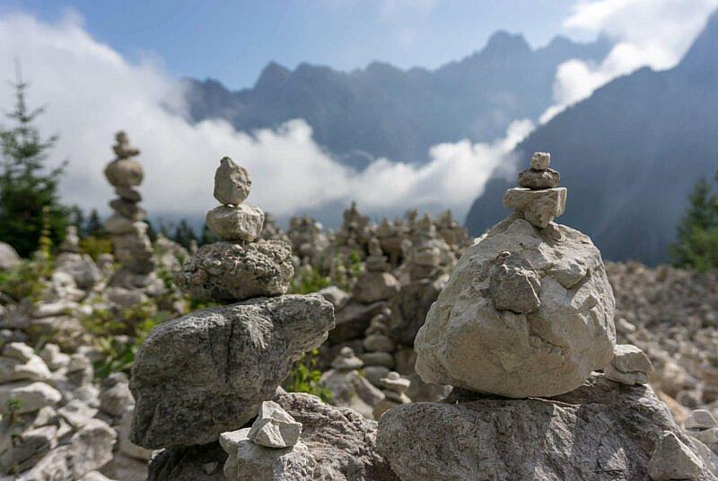 Steinmännchen am  Vršič-Pass