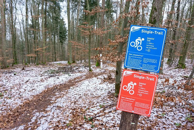 Schild am Eulenhof Trail