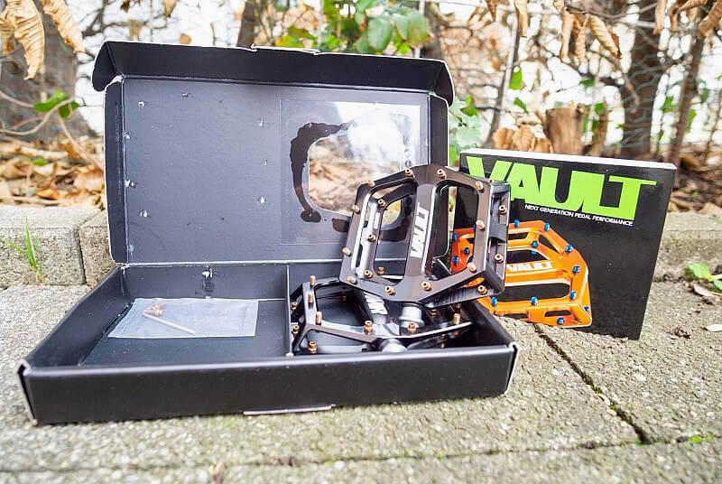 DMR Vault Verpackung